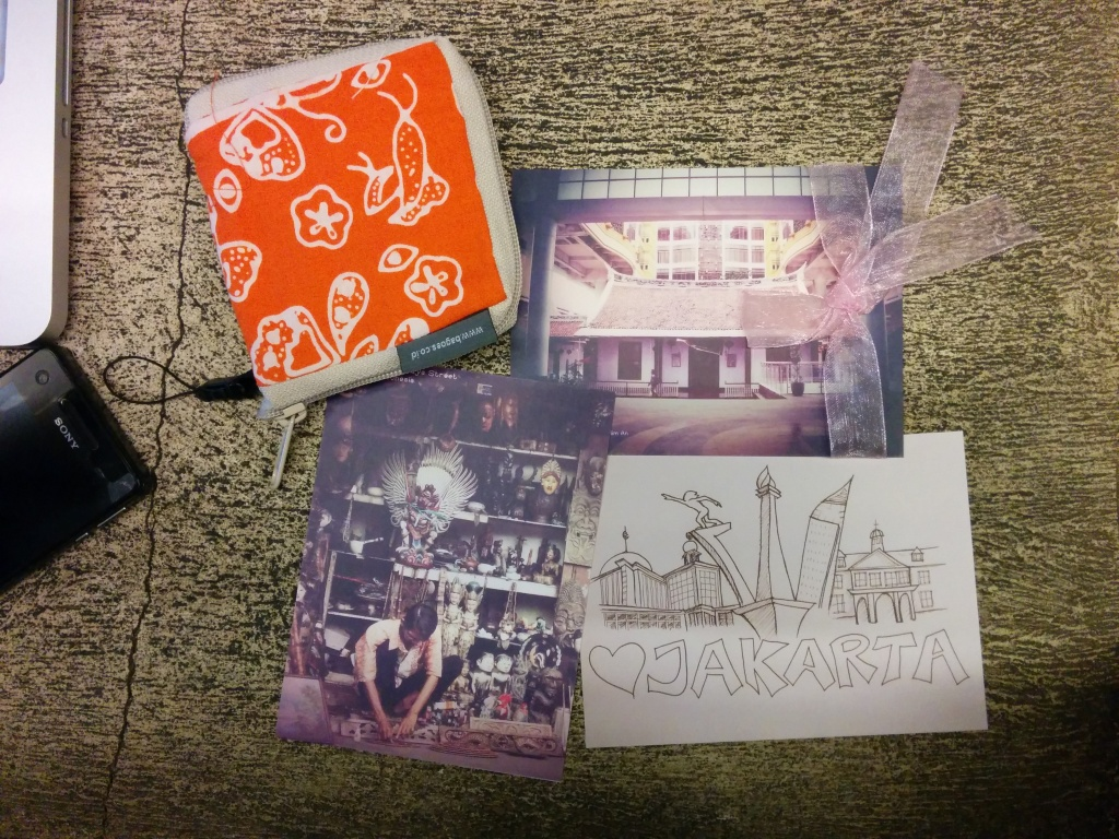 Sua Pelancong goodies: postcards from Indohoy and reusable bag from Greeneration
