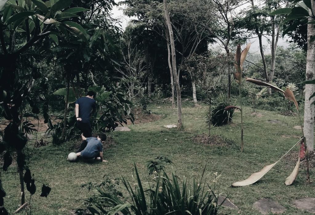 Portibi farm - Soccer with Howie